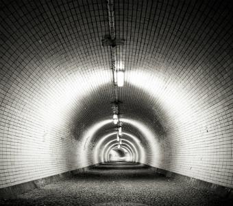 lighttunnel.jpg